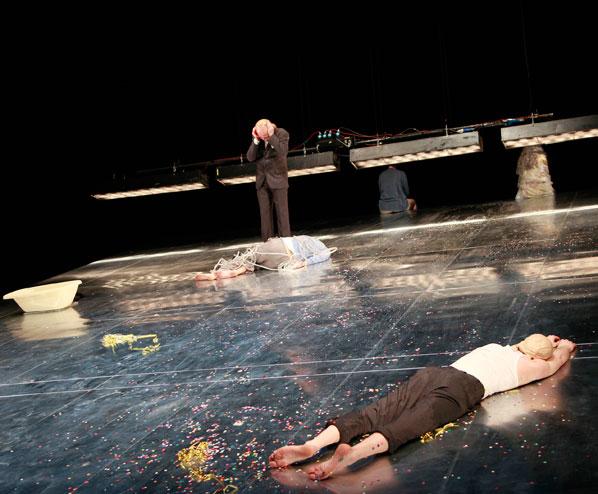 LUKAS BÄRFUSS: DIE PROBE 2009 Vorarlberger Landestheater Bregenz, Regie: Katja Langenbach