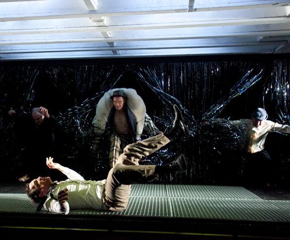 FRANZ KAFKA: AMERIKA 2011 Theater Ingolstadt, Regie: Katja Langenbach