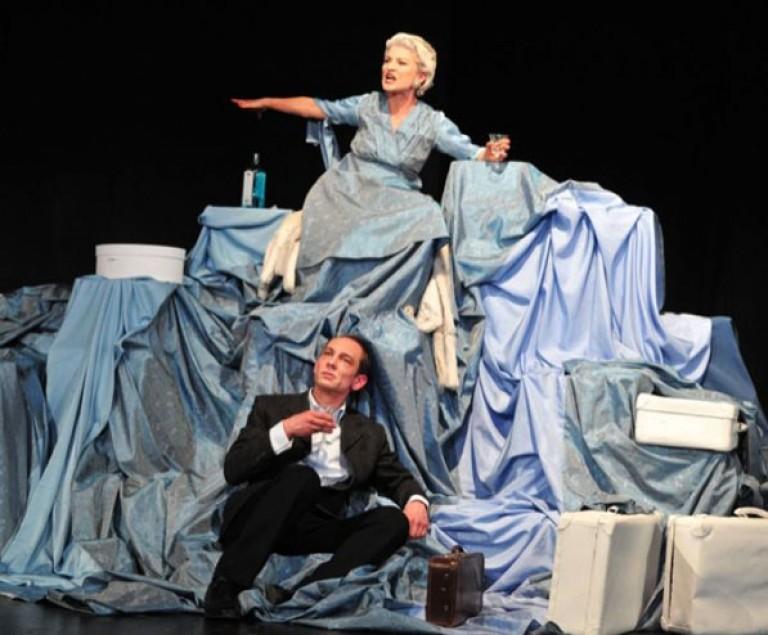 THOMAS BERNHARD: AM ZIEL 2013 Theater Ulm, Regie: Katja Langenbach