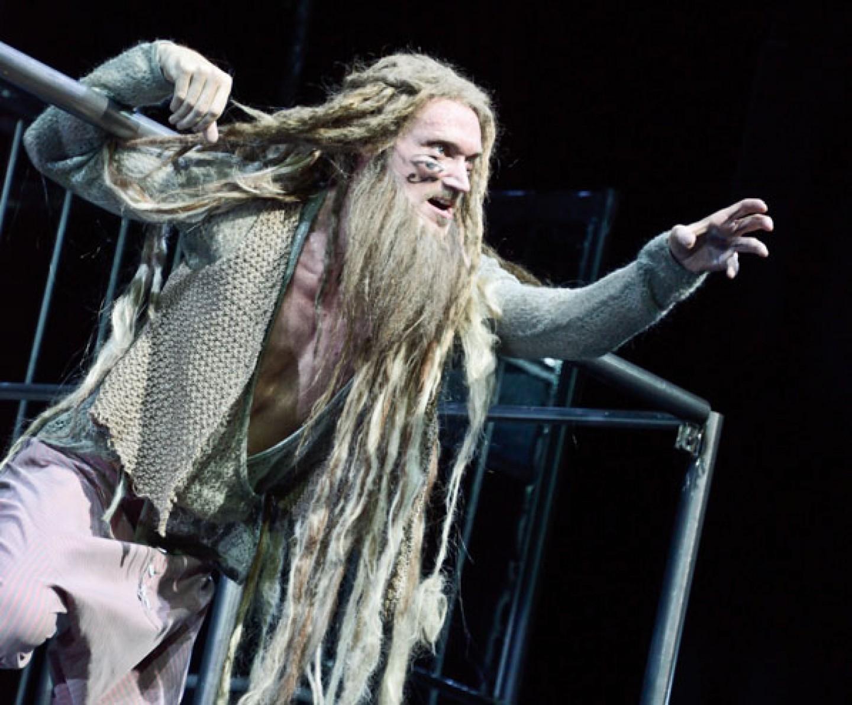 JOHN VON DÜFFEL: ÖDIPUS STADT Nach Sophokles, Euripides und Aischylos 2014  Theater St. Gallen  Regie: Katja Langenbach