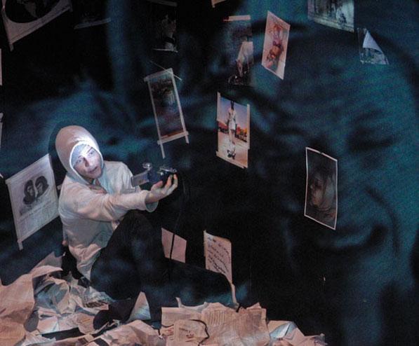 THOMAS LILGE: HAMLET SAMPLES 2009 Zimmertheater Tübingen, Regie: Katja Langenbach