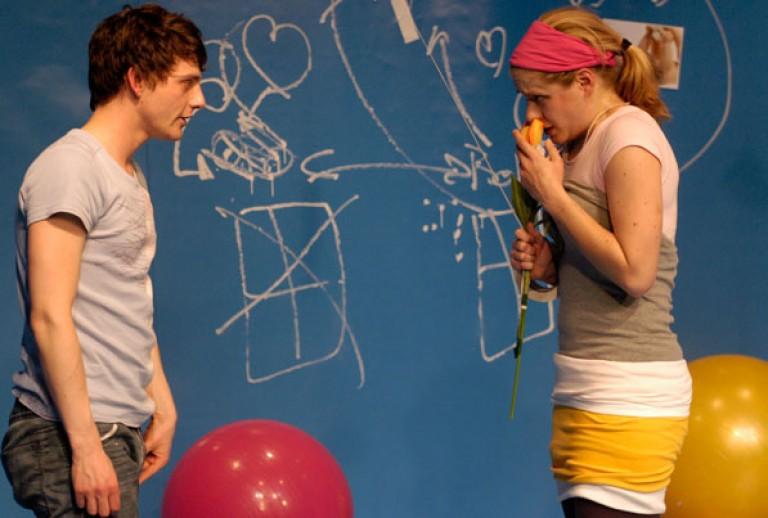 MAJA DAS GUPTA: ZAPPEN! 2008, Uraufführung Zimmertheater Tübingen, Uraufführung, Regie: Katja Langenbach