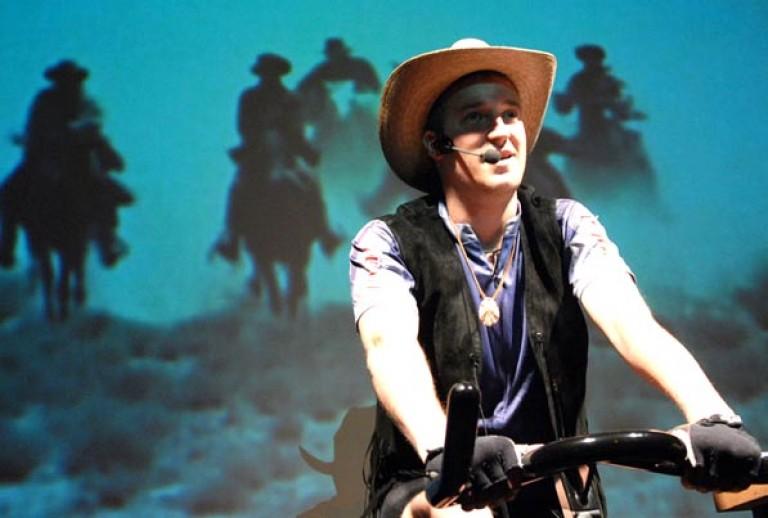 LANGENBACH/IBLHER/LÖSCH: IM PULS 2006 Kampnagell, Regie: Katja Langenbach